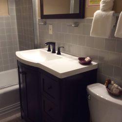 One Bed Garden Bung Private Patio_Bathroom (2)